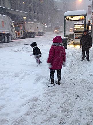 SnowPlayOnCurb
